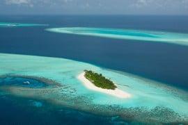 four-seasons-maldivies-private-island-1