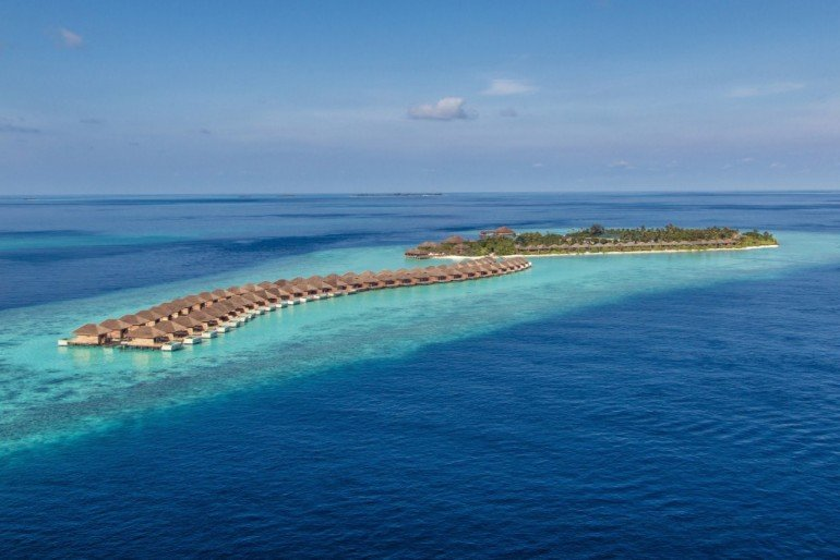 maldives-biggest-underwater-restaurant