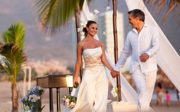 velas-resorts-mexico-billionaire-wedding