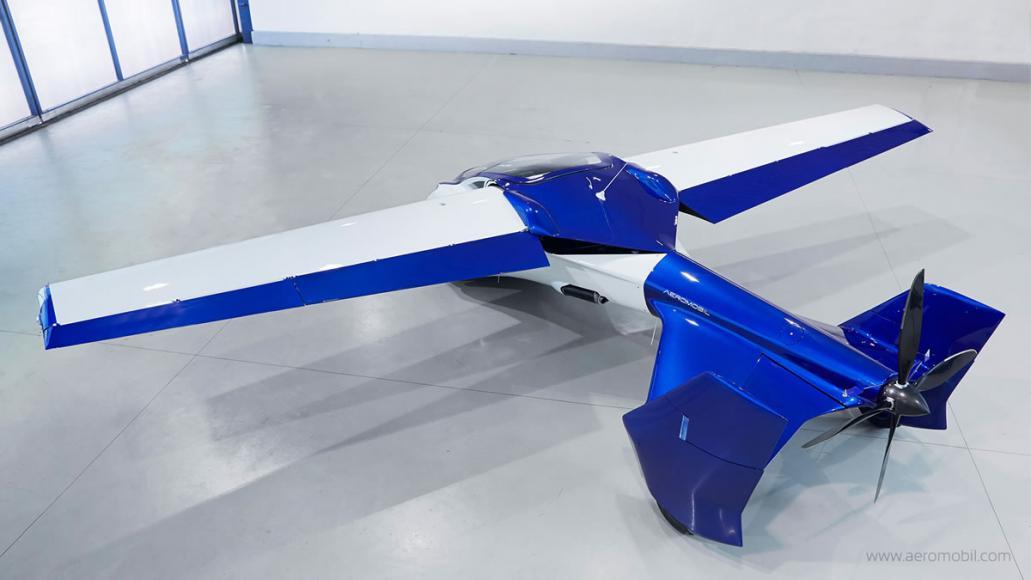 AeroMobil flying car  (4)