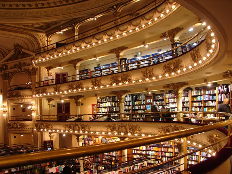 Argentinian bookstore (4)
