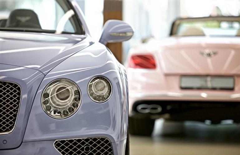 Bentley-x-Pantone (2)