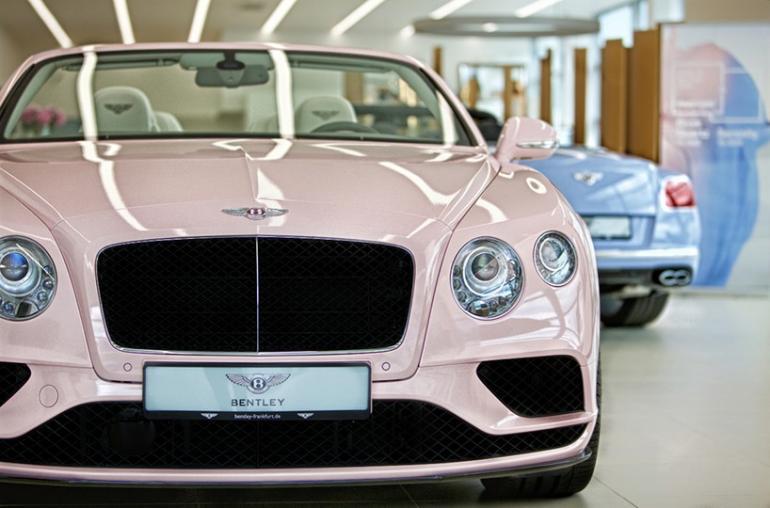 Bentley-x-Pantone (3)