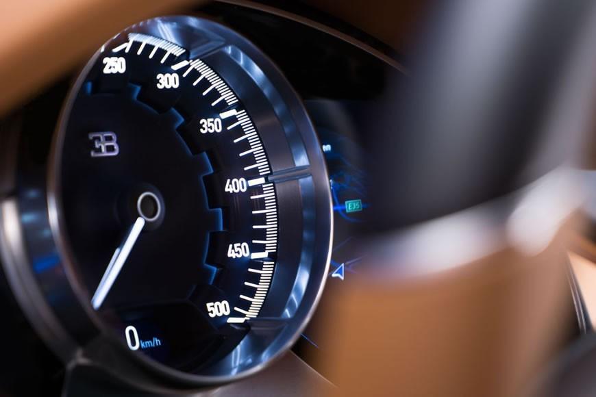 Bugatti-Chiron (6)