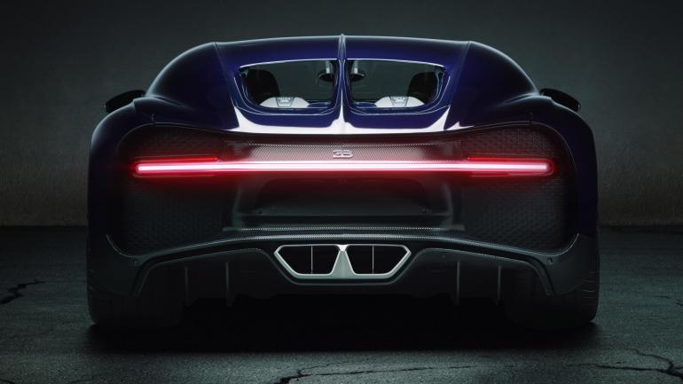 Bugatti Chiron exhaust system