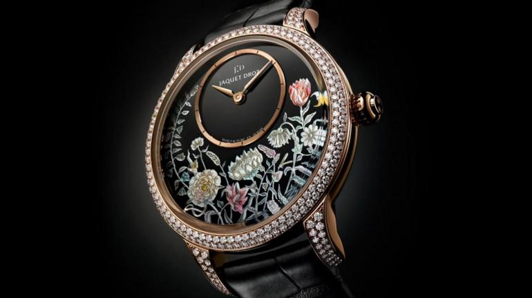Jaquet Droz Petite Heure Minute Thousand Year Lights (3)