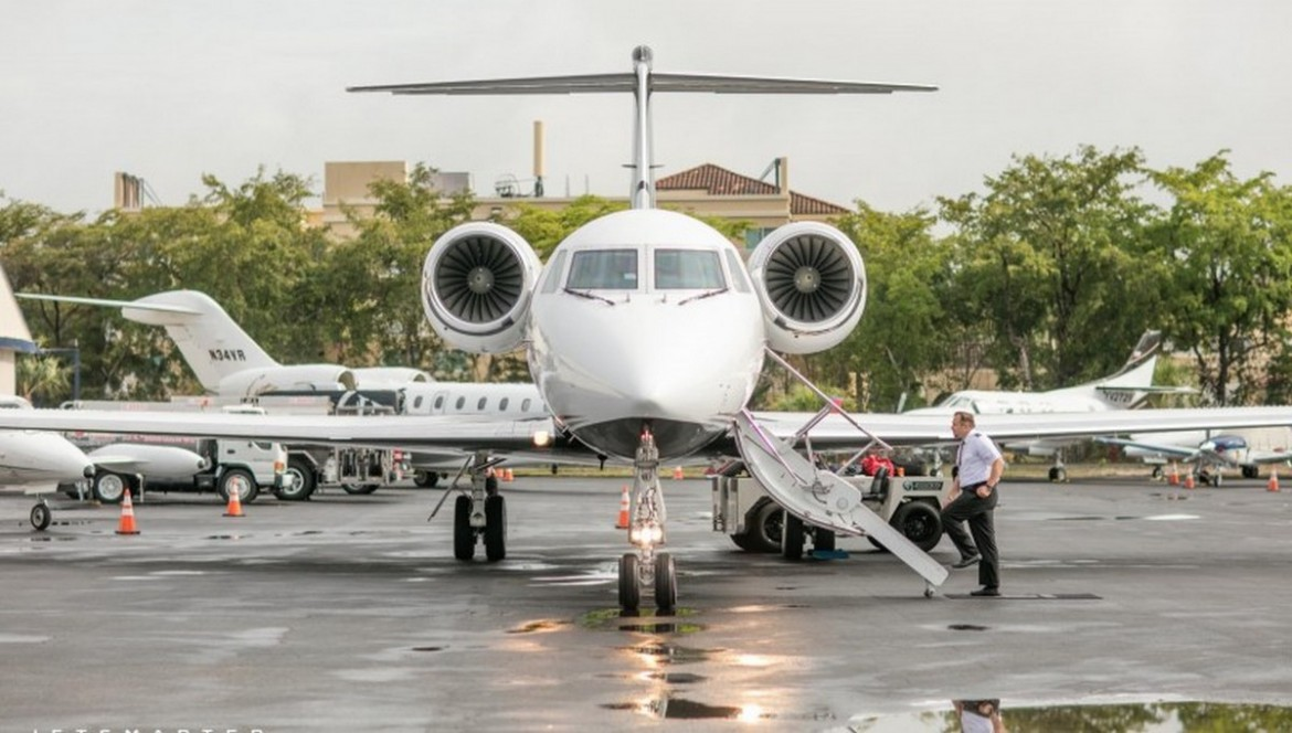 In Uber Style  You Can Book A Seat On A Private Plane