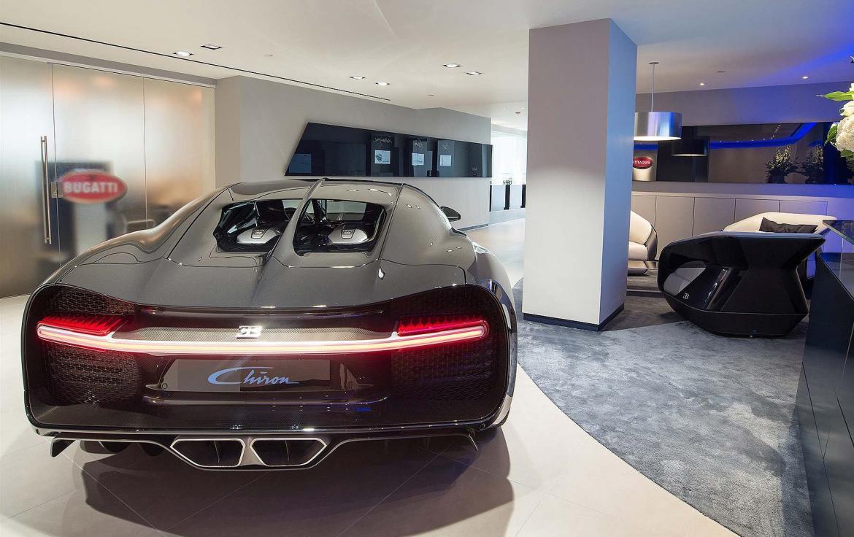 London Bugatti showroom (1)