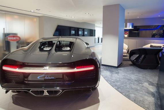 London Bugatti showroom (1)