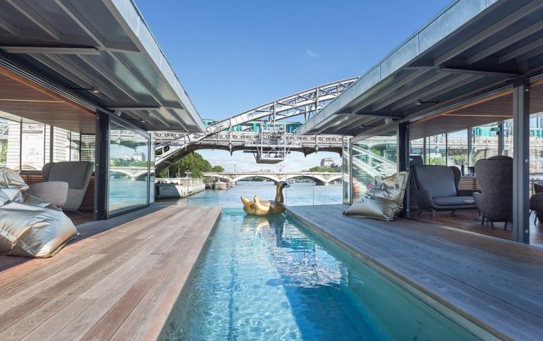 OFF-Paris-Seine-Paris-floating-hotel (1)