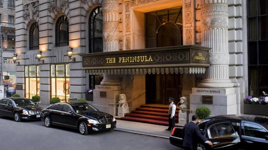 Peninsula-New-York-Entrance_P
