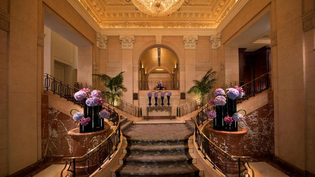 Peninsula-New-York-Lobby_P