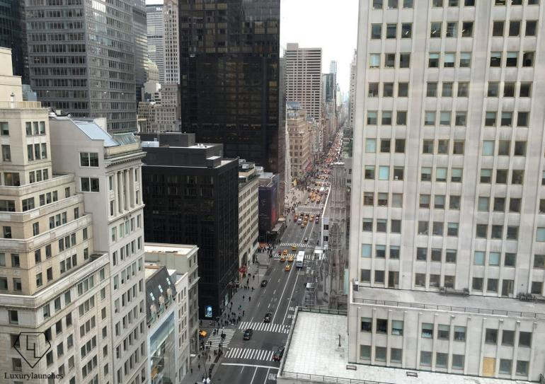I could just stare and stare. 5th Avenue as seen from my room.