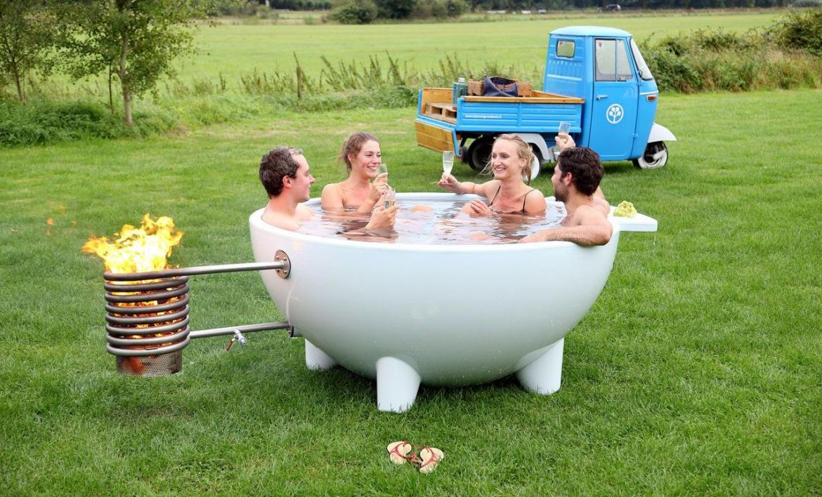 Outdoor Portable Hot Tub : The latest avatar of wood burning dutch outdoor tub is
