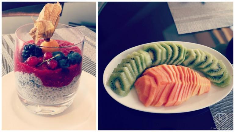 Healthy & yummy Chia Seeds Pudding - Freshly cut kiwis & papayas