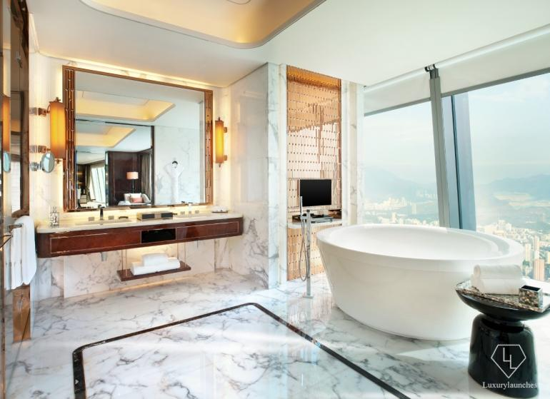 25 of the most stunning luxury hotel bathrooms in the world