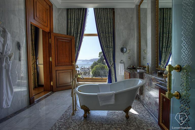 Sultan Suite_Second Bedroom Bathroom