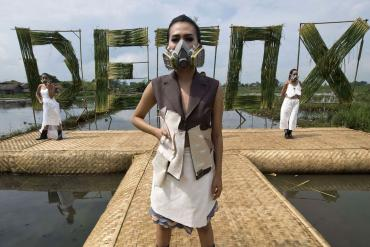 detox-catwalk-greenpeace-1