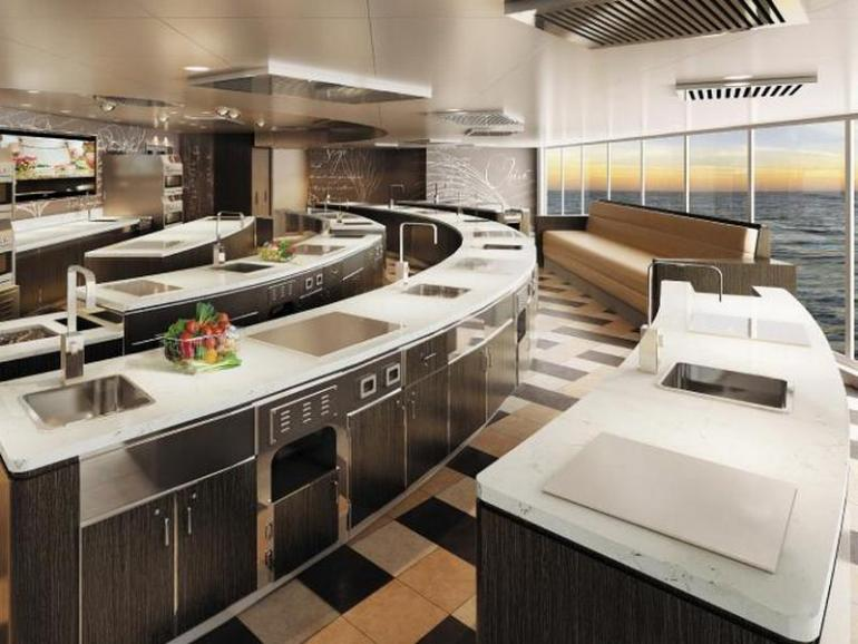 Inside The Seven Seas Explorer 11