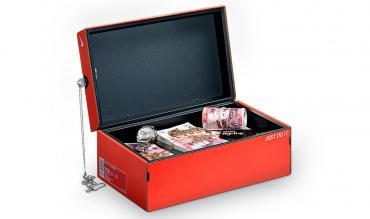 nike-shoebox-safe-1
