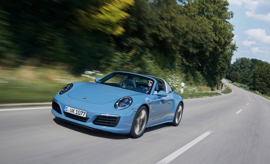 2016-Posrche-911-Targa-4S-Exclusive-Design-Edition-101 (1)