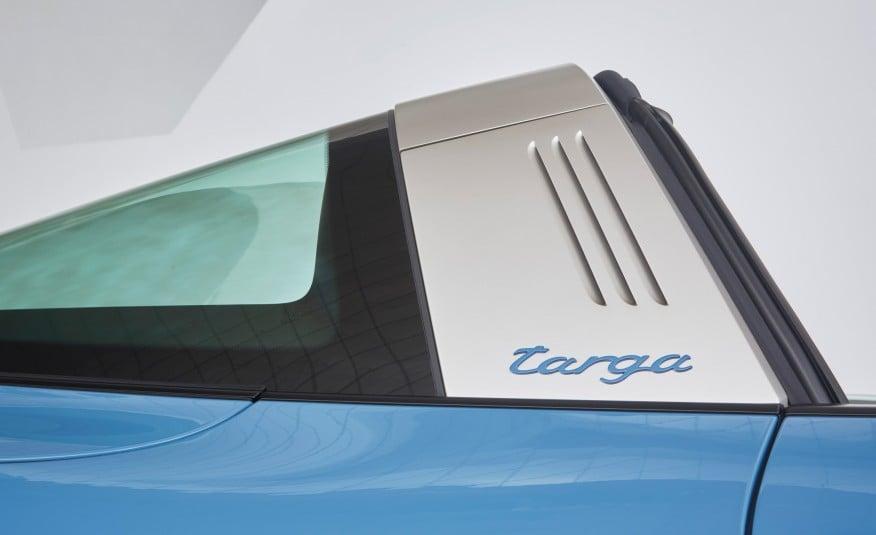 2016-Posrche-911-Targa-4S-Exclusive-Design-Edition-101 (7)