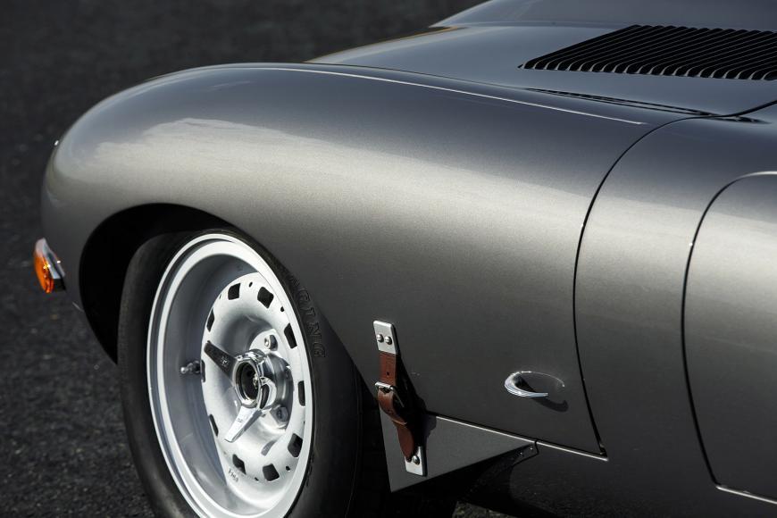26-jaguar-continuation-lightweight-e-type-1