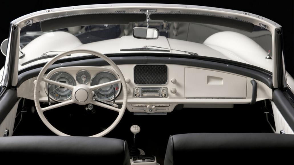 Elvis Presley BMW 507 (7)