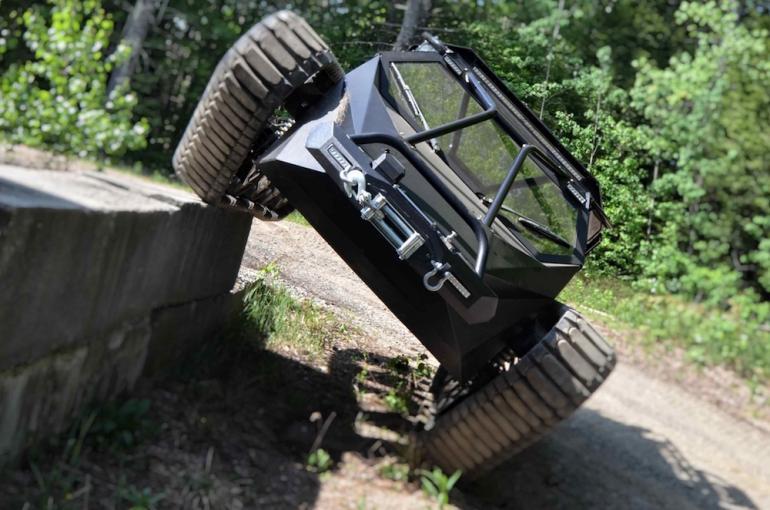 Ripsaw EV2 tank (3)