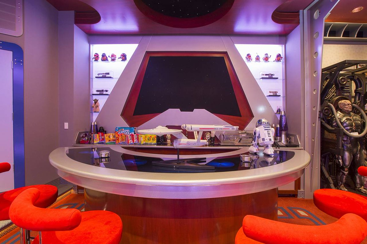 Inside The $1.5 Million Star Trek Themed Home Theater That