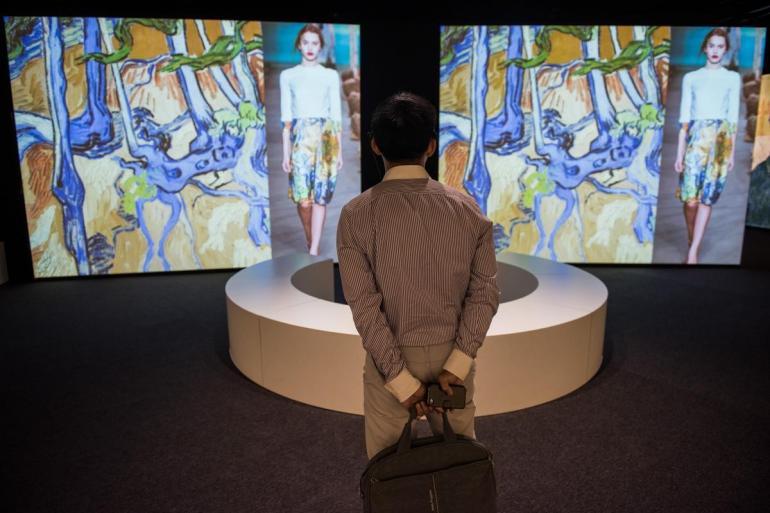 Van Gogh dramatic new exhibit (1)