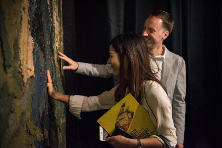 Van Gogh dramatic new exhibit (3)