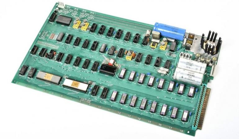 apple-1-auction-1