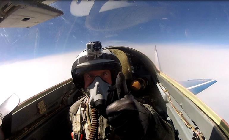 mig-29-edge-of-space (4)