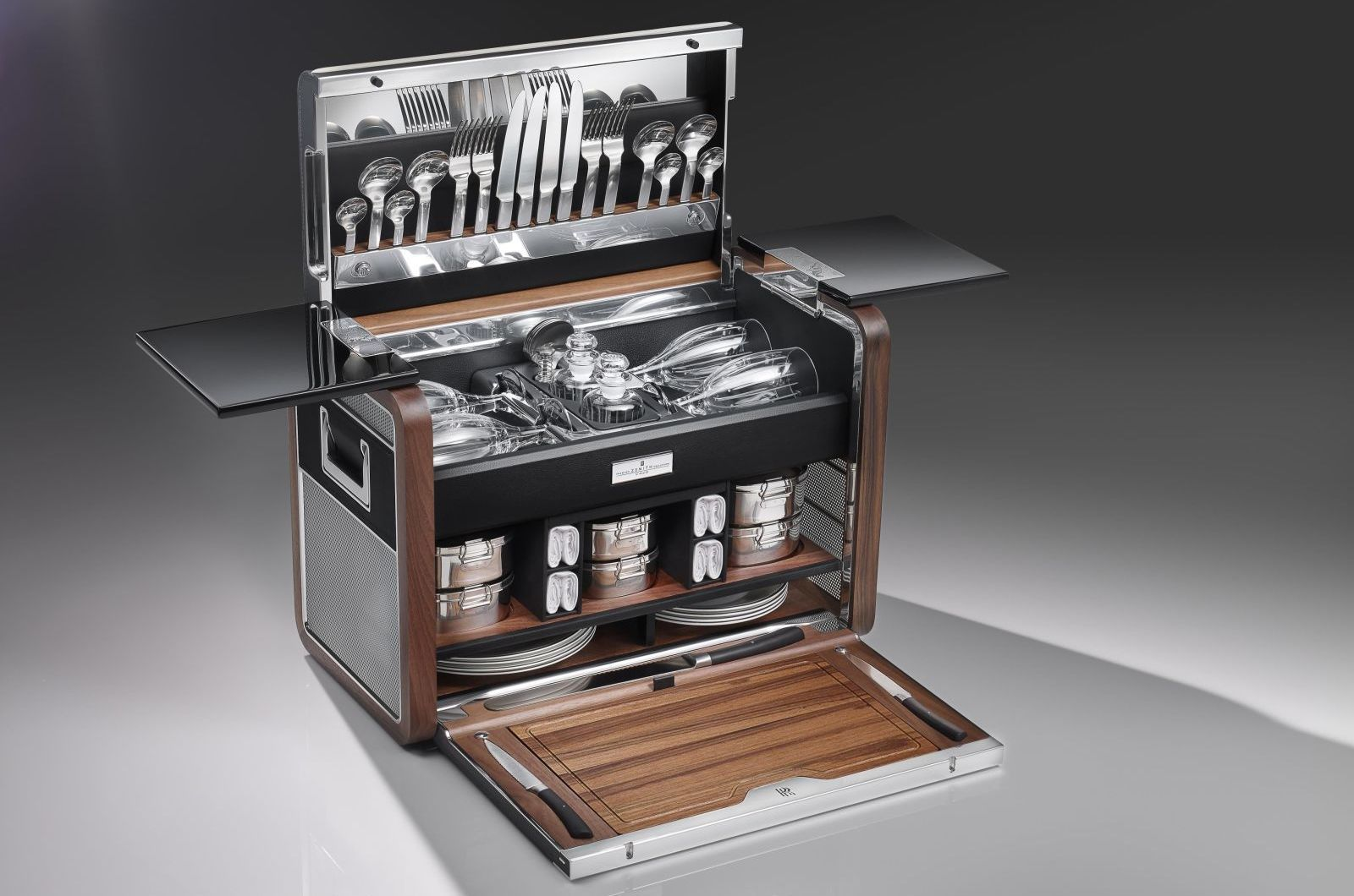 Rolls Royce Creates A Ridiculously Luxurious Picnic Basket