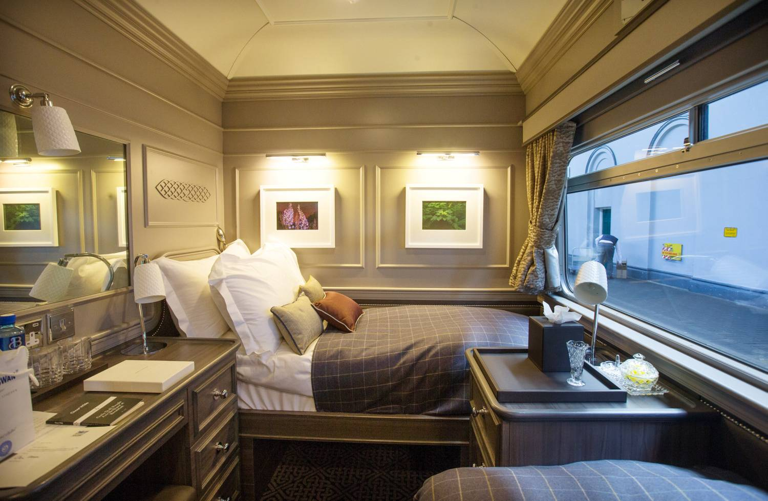 Inside Ireland S First Luxury Train The Belmond Grand
