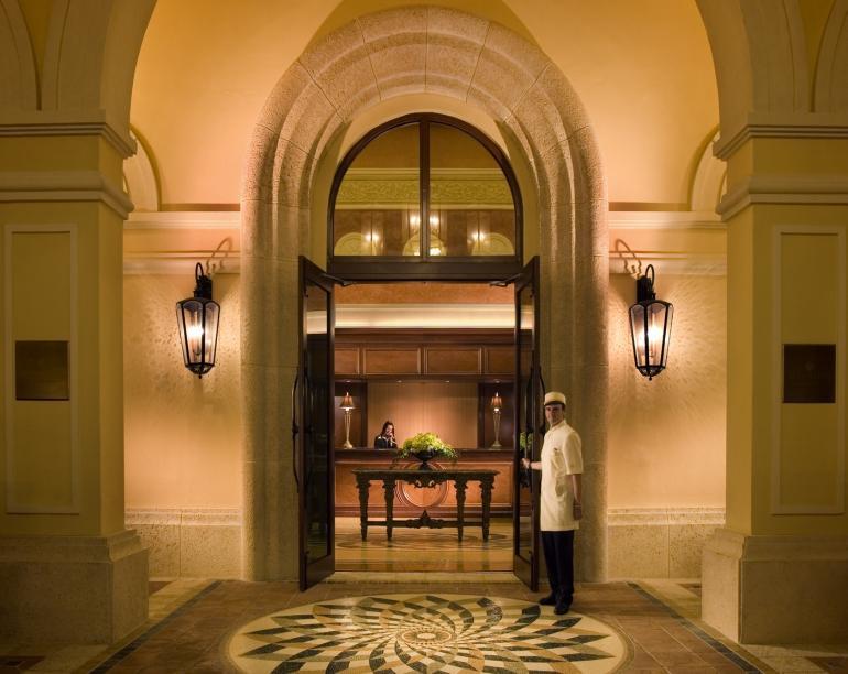 3830 Acqualina Hotel