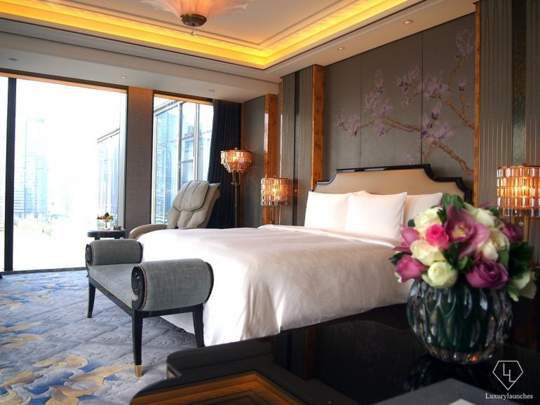 Grand Deluxe Bund View Corner Room
