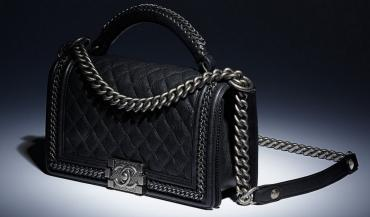 chanel-boy-bag-with-handle