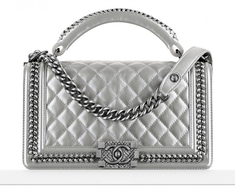 1603c2dd1086 LL Arm candy of the week: Chanel Boy Bag with Handle -