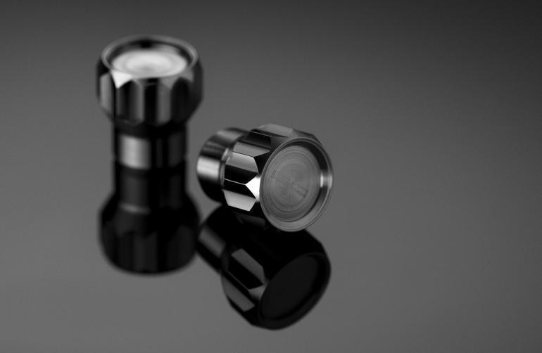 coeus-titanium-valve-caps-for-cars-01