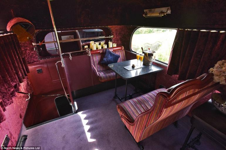 Double decker bus luxury hotel (5)
