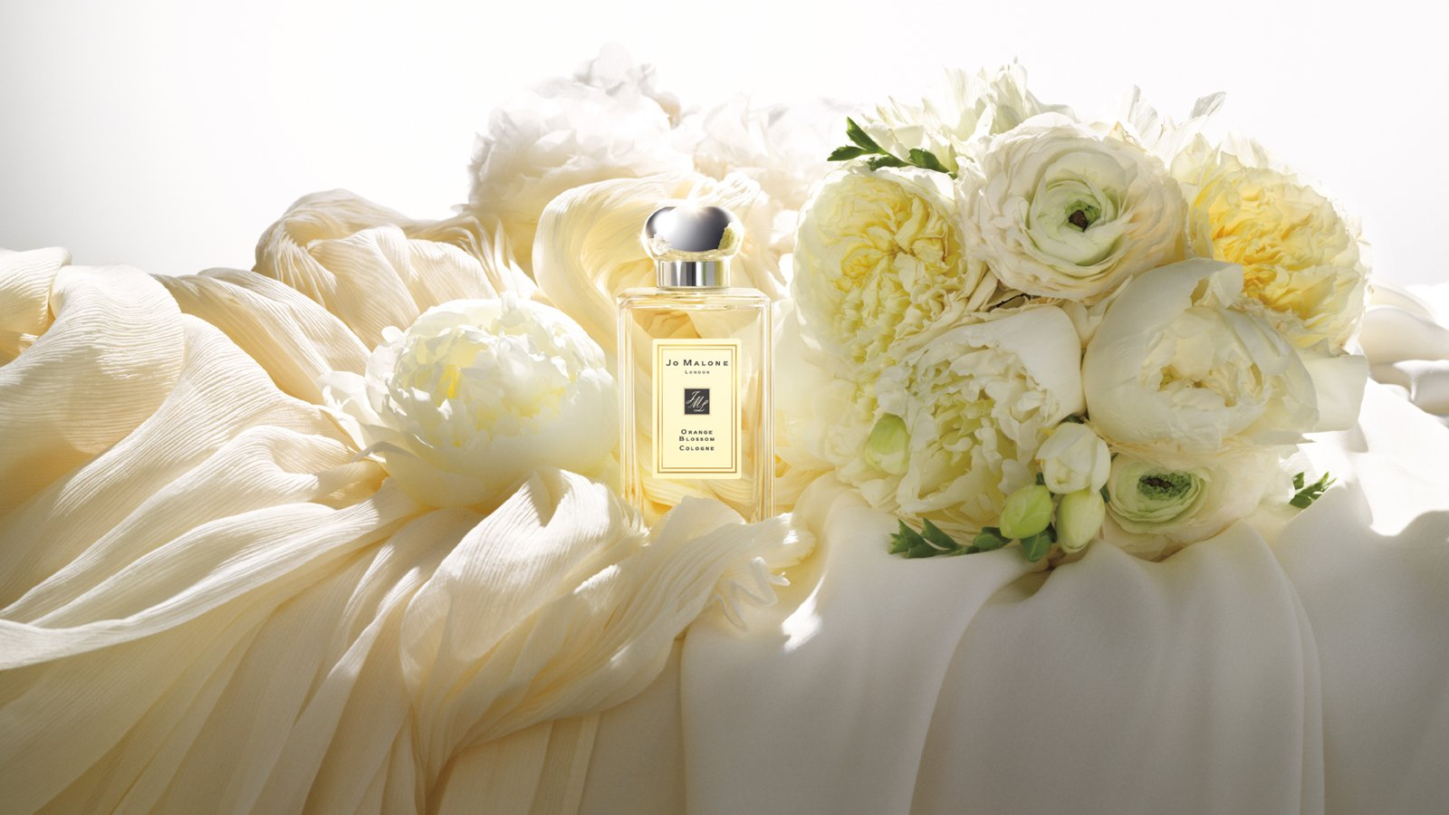 Bridal Bouquet In Mumbai : Four seasons tokyo collaborates with jo malone london for