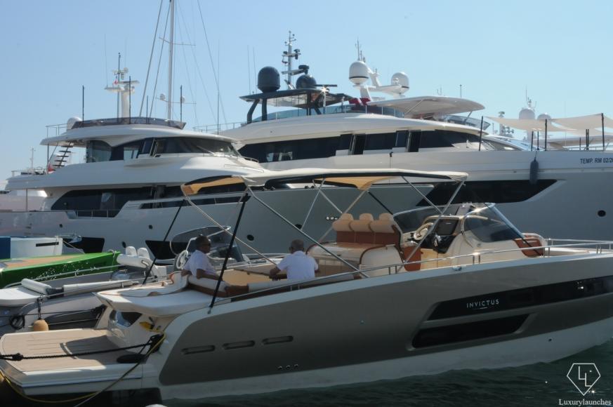 invictus-cannes-boat-show