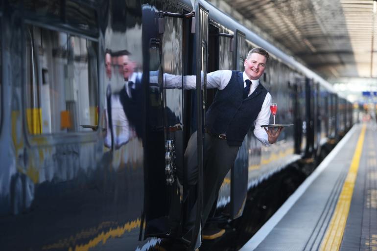 Ireland first luxury train (1)
