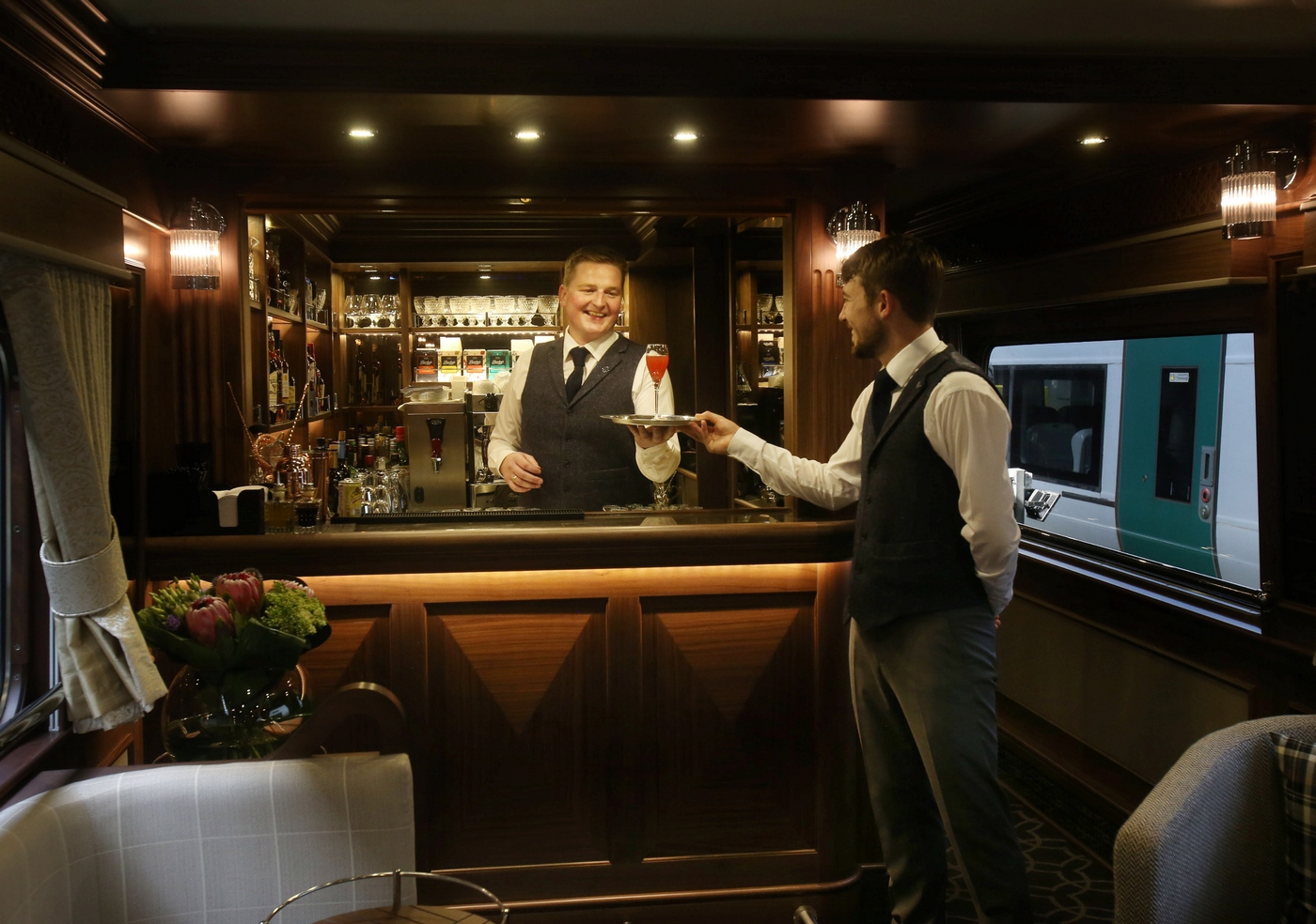 Inside Ireland S First Luxury Train The Belmond Grand