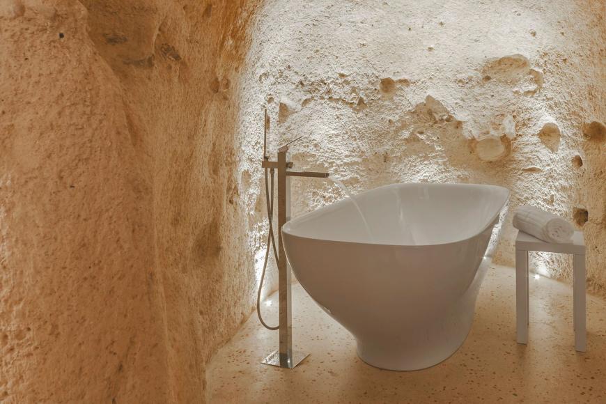 italian-luxury-hotel-cave-8