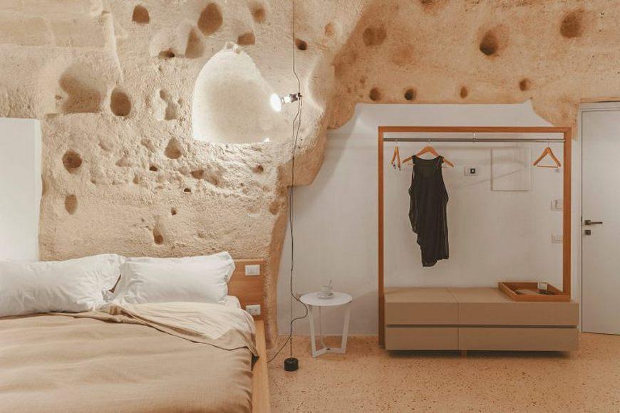 italian-luxury-hotel-cave-9