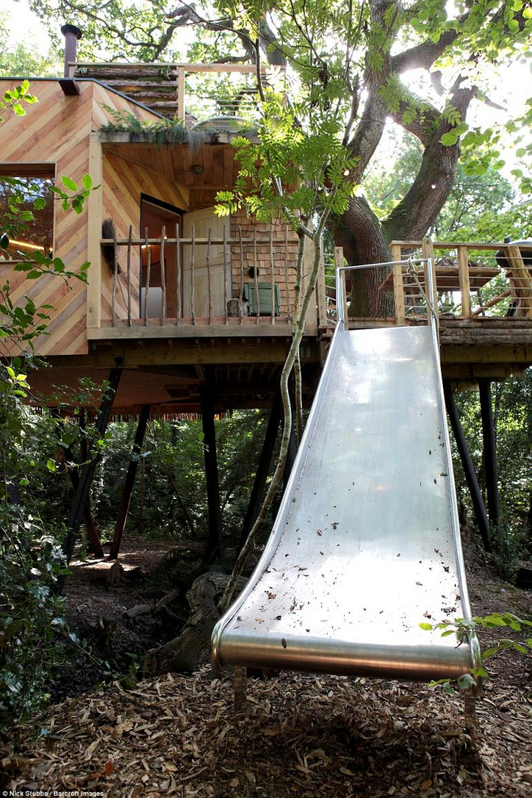 luxury treehouse 8 - Most Expensive Tree House In The World