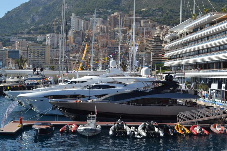 Monaco-Yacht-Club-during-show-2015